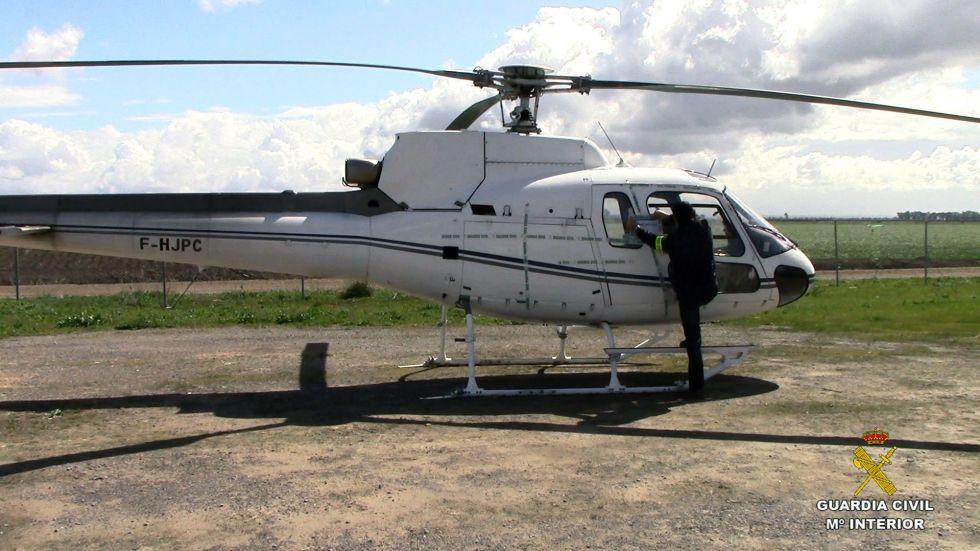 Uno de los helicópteros que utilizaba la red de narcotraficantes.