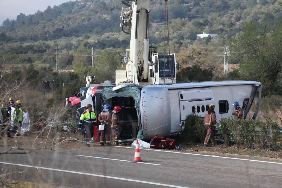 Accidente de autobús en el que fallecieron 14 personas en Tarragona el 20 de marzo.rn