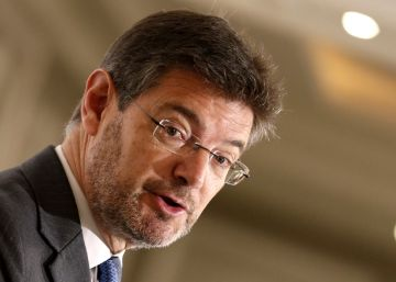 """Catalá acusa a Iglesias de """"cercanía"""" con los terroristas"""