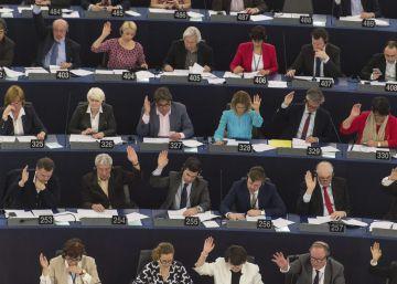 La Eurocámara rechaza traducir los documentos del Erasmus al catalán