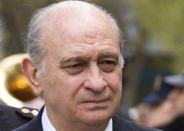 Fernández Díaz nombra comisario honorario a Francisco Marhuenda