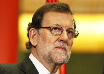 Aznar lanza otro aviso a Rajoy con su querella contra la Agencia Tributaria