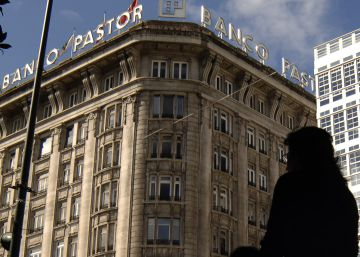 El juez investiga si 400 personas usaron al Banco Pastor para blanquear