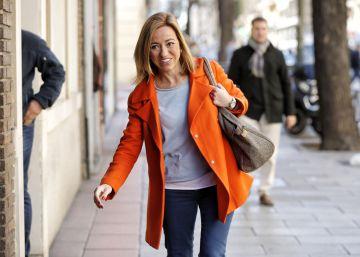 Chacón renuncia a ser diputada y se reserva para el congreso del PSOE