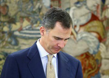El revés de la legislatura compromete la agenda del Rey hasta 2017
