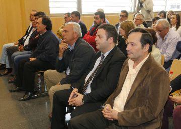 Arranca el juicio con una petición de mil años de cárcel para 25 políticos y técnicos