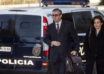 La policía halló dinero b en la caja fuerte de la casa de Torres