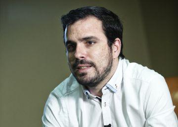 La coalición Podemos-IU atrae al voto de mediana edad, clave para el PSOE