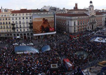 El 15-M celebra su aniversario al margen de los partidos