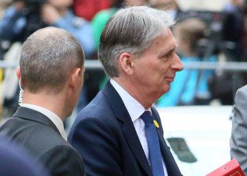 Exteriores dice que el ministro británico no pidió permiso para sobrevolar España