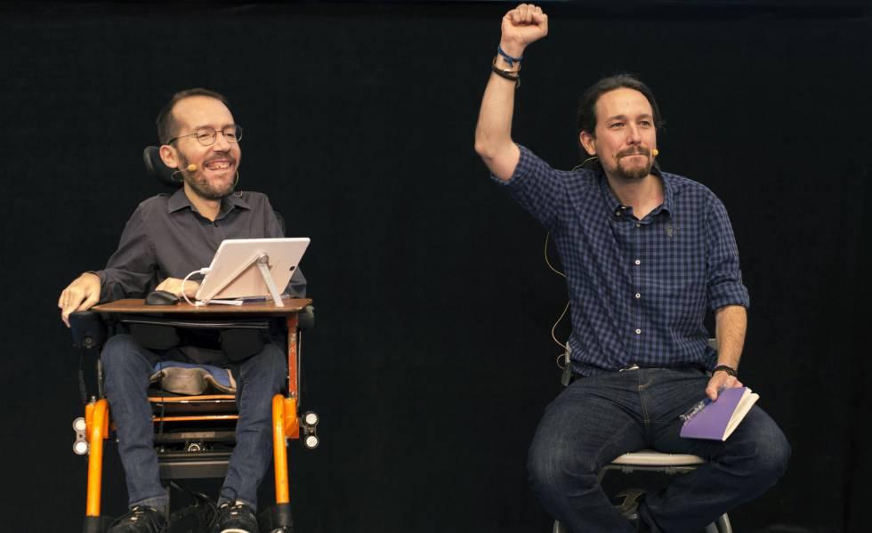 Pablo Iglesias y Pablo Echenique, la semana pasada en Córdoba.