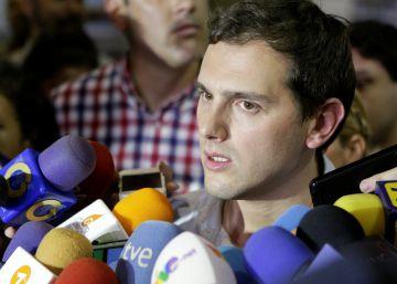 """Maduro: """"La oposición se la pasa trayendo oligarcas del exterior"""""""