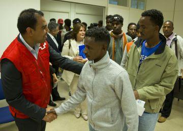 Un segundo grupo de 22 refugiados llega a España