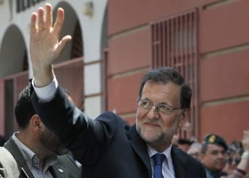 Rajoy critica que la campaña de sus adversarios sea ir contra el PP