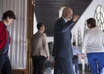 El juez del caso ERE sentará en el banquillo a Chaves y Griñán por asociación ilícita