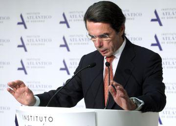 """Aznar alerta de que España ha avanzado demasiado """"por el camino equivocado"""""""