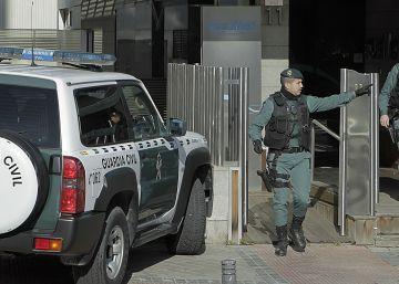 El director de Acuamed queda en libertad tras rebajársele la fianza