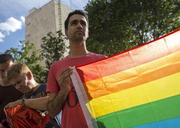 Decenas de protestas en España en repulsa al atentado de Orlando