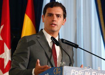Rivera pone la diana en los votantes de Sánchez