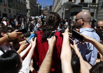Iglesias intenta desmarcarse de la 'guerrilla' de sus seguidores en las redes