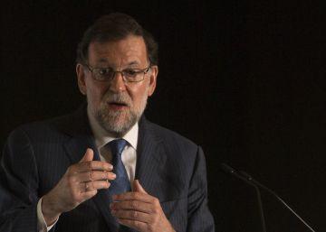 Rajoy llama a los moderados catalanes a encontrarse