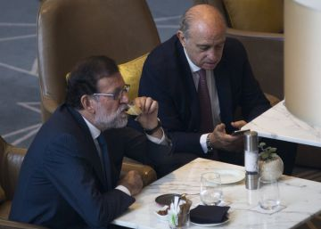 Rajoy atribuye el escándalo de Fernández Díaz a una maniobra electoral