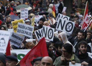 Los pacientes piden al futuro Gobierno que no recorte más en Sanidad