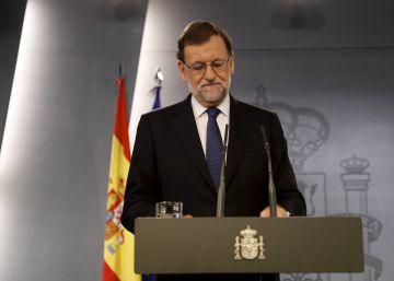 """Rajoy traslada """"un mensaje de calma"""" a ciudadanos y mercados tras el 'Brexit'"""