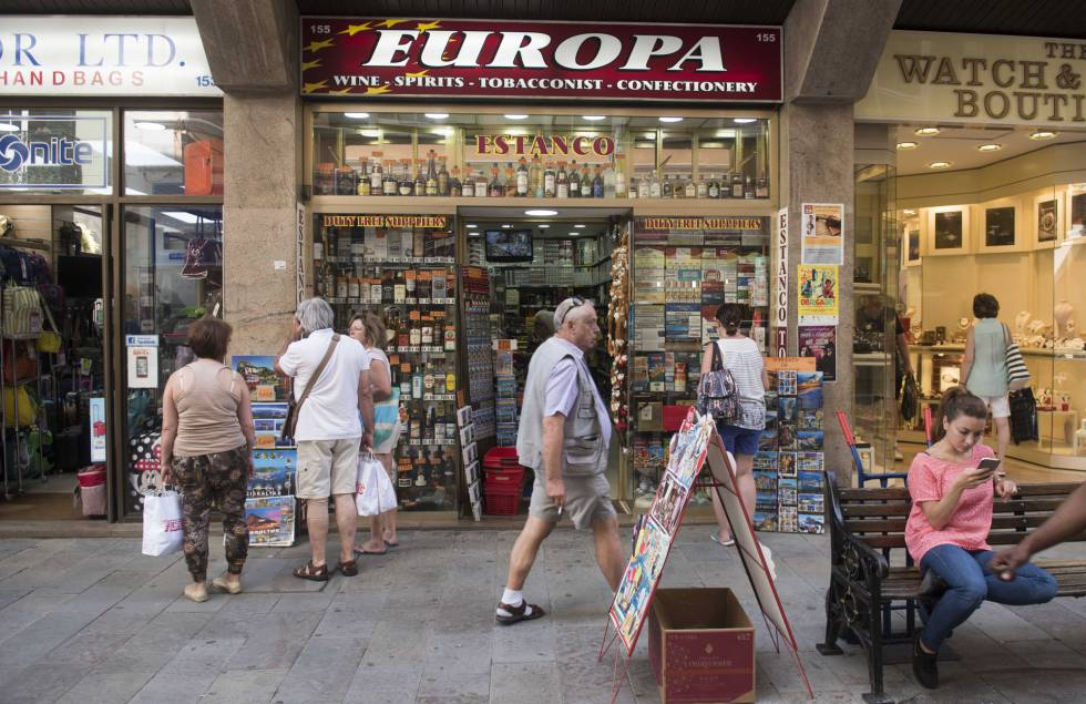 La actividad económica de Gibraltar sigue con normalidad en el primer día después del 'Brexit'.