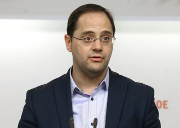 """""""Solo habrá cambio si el voto se concentra en el PSOE"""""""