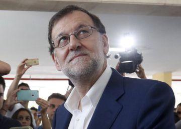Rajoy se ve refrendado tras la clara victoria del PP en votos y escaños
