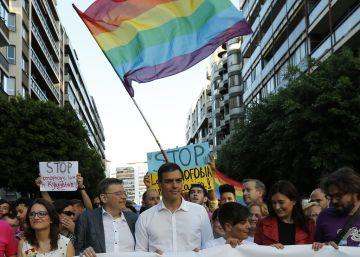 Sánchez en el Orgullo en Valencia el pasado 18 de junio.
