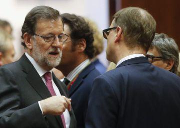 Rajoy confía en la abstención del PSOE para lograr su investidura