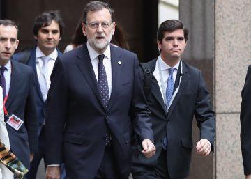 Rajoy tiene prisa en ser investido y sondeará ya el apoyo de otros partidos