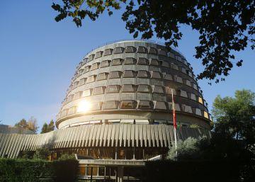 El Constitucional anula las estructuras de Estado catalanas por unanimidad