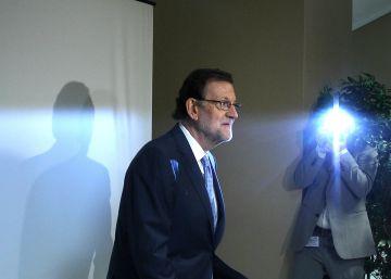 Rajoy y Rivera inician los contactos para desbloquear las negociaciones