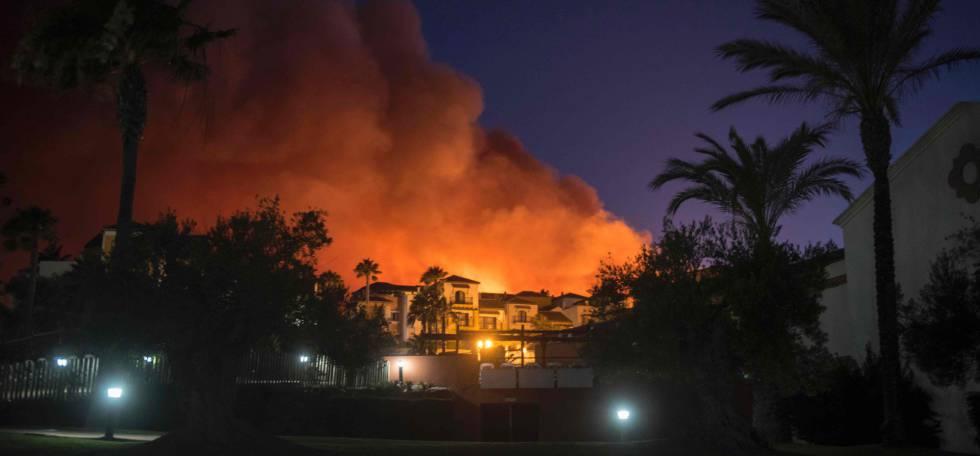 Estabilizados los dos incendios de la l nea de la concepci n y san roque espa a el pa s - Casas embargadas en la linea dela concepcion ...