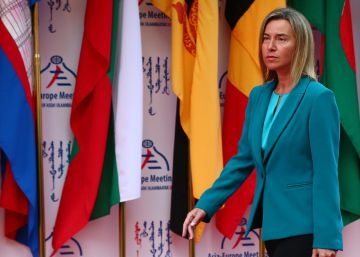 La UE apoya al gobierno turco y reclama el