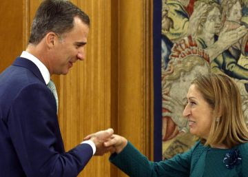 Spain's King Felipe gives acting PM one week to form a government