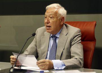 """García-Margallo: """"La Constitución prohíbe que el Rey borbonee"""""""