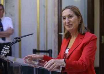 Pastor consultará con Rajoy la fecha de la investidura