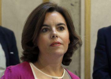 """El Gobierno llama a los partidos a la unidad ante la """"contumacia"""" del desafío independentista"""