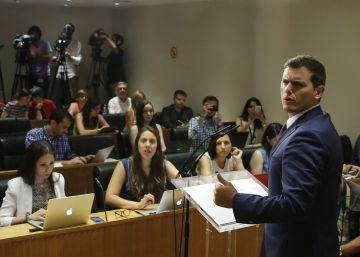 TVE corta el directo de Rivera para dar a Rajoy con los deportistas olímpicos