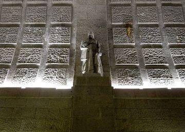 Baltasar Garzón presenta una demanda para trasladar los restos de Franco