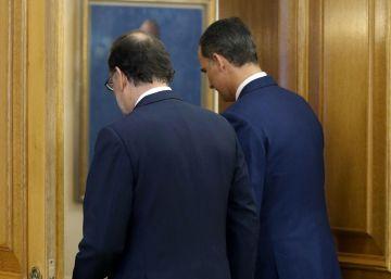 Rajoy informa al Rey de la última hora de la investidura