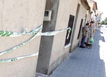 Un registro de la Guardia Civil termina a tiros y con dos hospitalizados