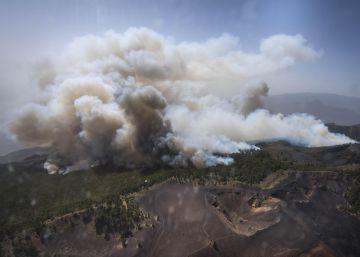 El incendio de La Palma sigue sin control entre condiciones desfavorables