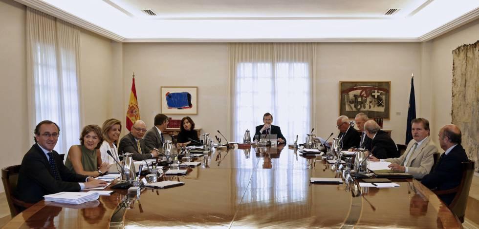 Rajoy r cord de gobierno en funciones y con menos for Ministros de espana