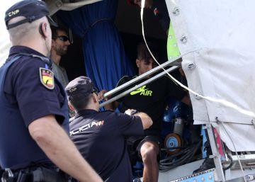 Detenidos 28 inmigrantes por intentar cruzar el Estrecho escondidos en atracciones de feria