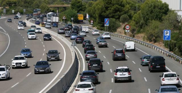 La autopista AP-7, a su paso por Roda de Berà (Tarragona).